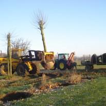 bomen verplantmachine in Amersfoort